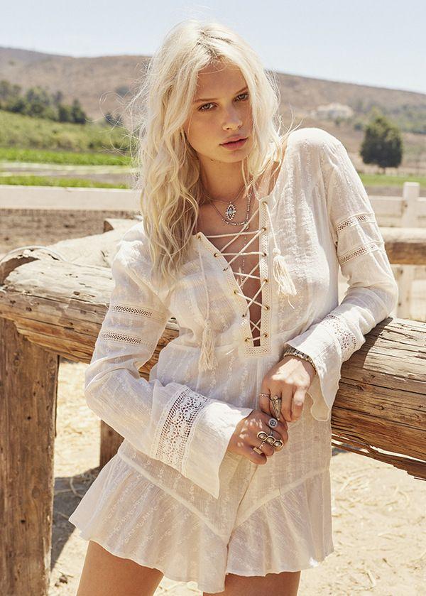Голос лета: с чем носить белые платья