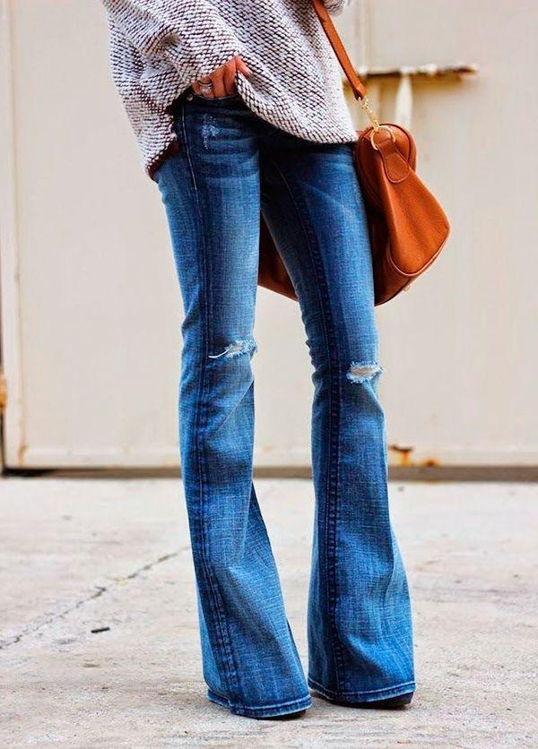 25 пар обуви, которые можно надеть с новенькими джинсами-клеш