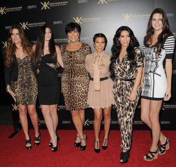 Клан Кардашян без макияжа: Все ли узнаваемы