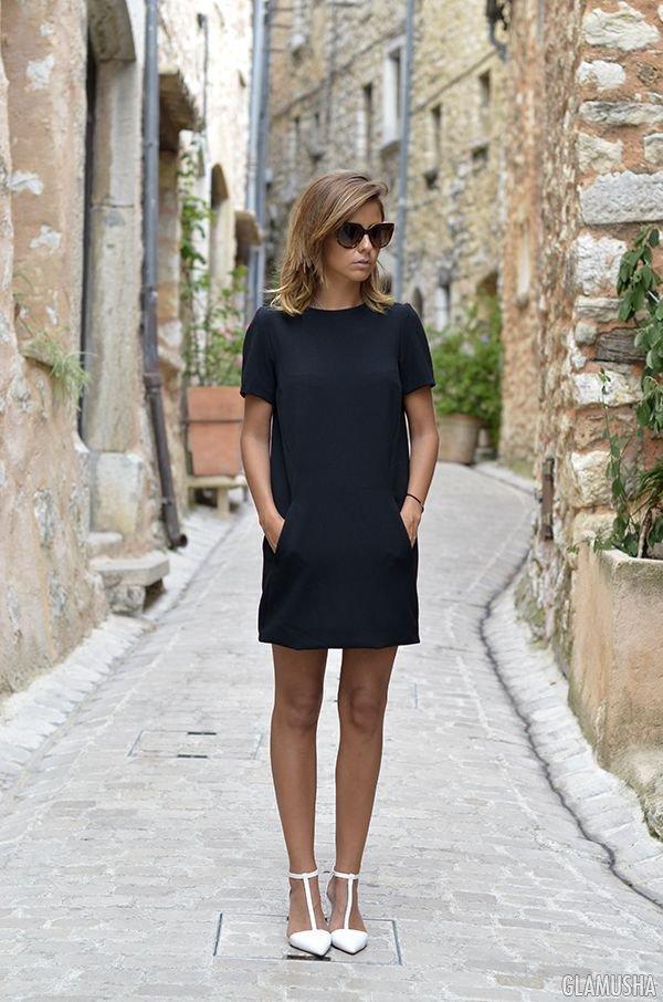 Маленькое черное платье дополнить