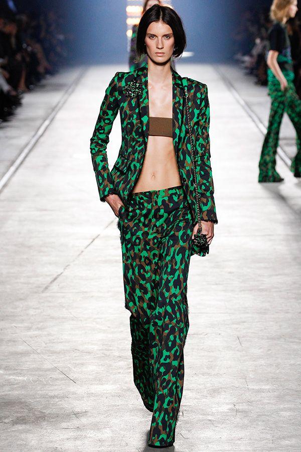 Модные тенденции 2016: Экстравагантные деловые костюмы