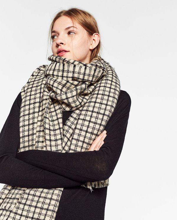 9 простых способов носить шарф-плед