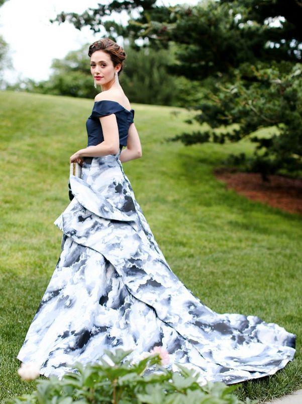 Эмми Россам, платья и нестандартный для Голливуда стиль