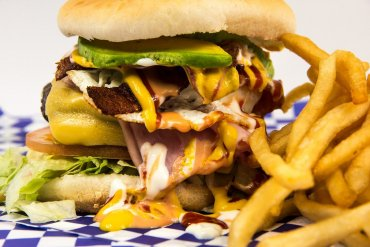 Избегайте этих 9 продуктов, если хотите убрать жир с живота