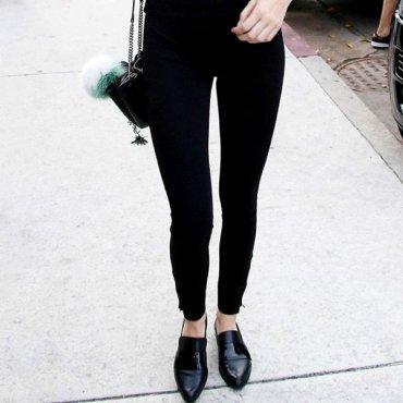 5 видов обуви, которые можно и нужно носить с леггинсами